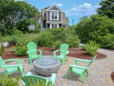 Photo for Upscale home, near private beach - Ellis Landing (Linens included); 069-B