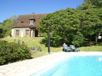 Photo for Holiday home with private swimming pool and view of the hills, in Trémolat