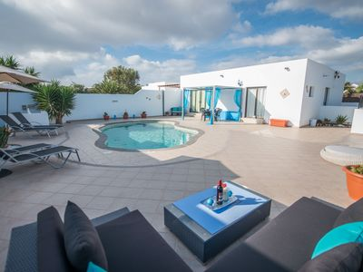 Photo for Beautiful Villa Linda - Heated Pool- Free WiFi & Sky TV- Ocean & Mountain views