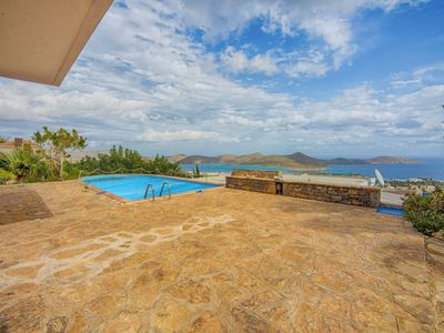 Photo for Stunning private villa for 7 people with A/C, private pool, WIFI, TV, balcony and parking