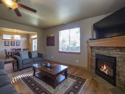Photo for Alpenglow`s SW Teton, Free WiFi, Air Conditioning, Fireplace, Pet Friendly w large fenced yard