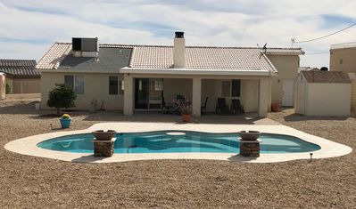 Photo for Snowbirds/Boaters/Family Retreat - 3br/2ba Minutes to Lake - With Pool