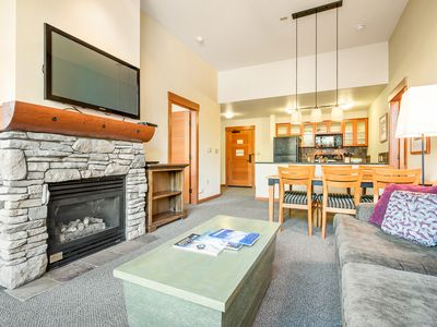Photo for Inviting 2-bedroom condo in the heart of Mammoth Village, steps from the gondola — sleeps 6 guests