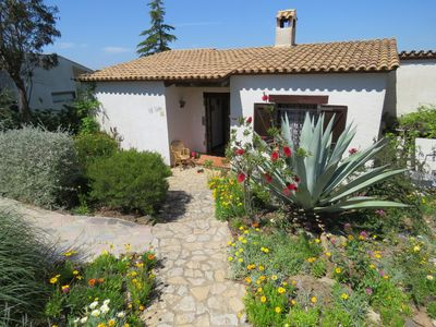 Photo for Detached house with garden in Begur