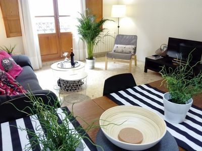 Photo for Spacious apartment in the center. Wifi