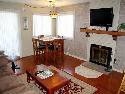 Photo for We bring vacation to life! Take it easy in this updated 2 bedroom condo!