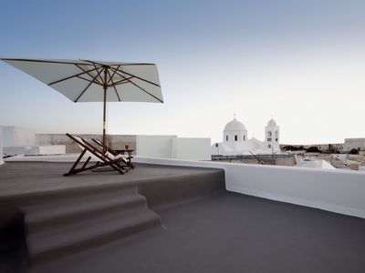 Photo for Villa Intimo Santorini, 2 bedrooms 2 Bathrooms, minimal villa with heated jacuzzi Up to 6 Guests