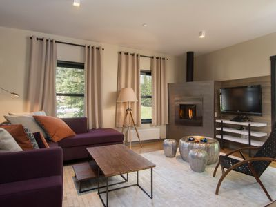Modern Chalet with Fireplace, WiFi and Easy Ski Access