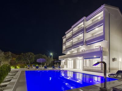 Photo for Villa Tramonto - Luxury four-bedroom apartment with sea view (1)
