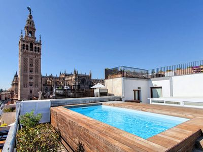 Photo for LUXURY APT WITH SWIMMING POOL, 1 Bdr Apartment, Central, close to the Cathedral