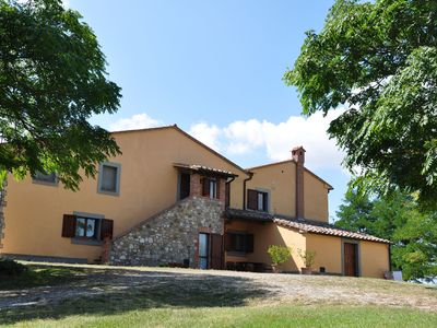 Photo for Nice apartment for 6 guests with WIFI, pool, TV, pets allowed, panoramic view and parking