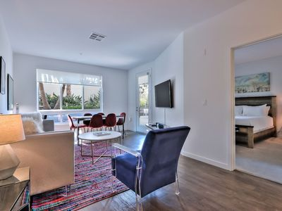 Photo for Platinum Edition 2BR Urban Flat - Pool/Spa & More