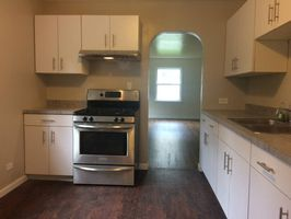 Photo for 2BR House Vacation Rental in Beach Park, Illinois