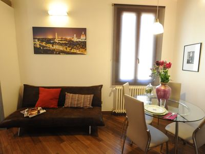 Photo for Rosmarino apartment in Oltrarno with WiFi & air conditioning.