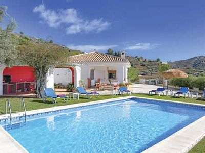 Photo for Elevated villa with country views, dining terrace with built-in BBQ + pool, free Wi-Fi