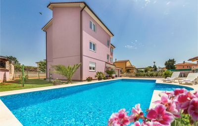 Photo for 3 bedroom accommodation in Valbandon