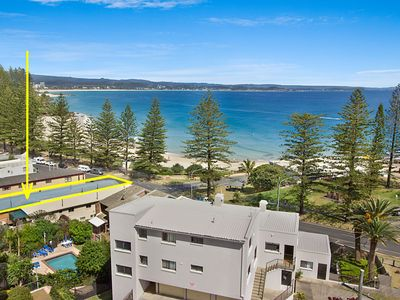 Photo for Pacific View unit 2 - Ground floor, Beachfront Rainbow Bay Coolangatta