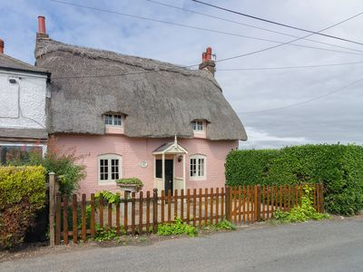 Photo for 2 bedroom accommodation in Ripple, near Deal