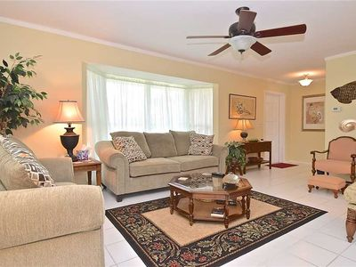 Cambridge House, 2 Bedrooms, Private Heated Pool, Lanai, Sleeps 6, WiFi