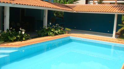 Photo for House in closed condominium, 4 suites, swimming pool, terrace with barbecue