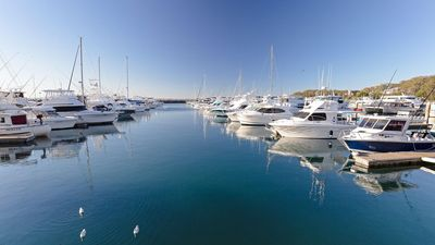 Photo for Baydream, 13 Pirralea Parade - pet friendly, aircon, boat parking
