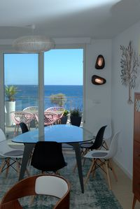 Photo for Amazing Ocean View top floor apartment. Trendy and confortable