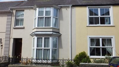Photo for House in the center of Narberth with Internet, Parking, Garden, Washing machine (689829)