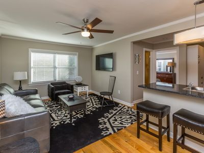 Photo for Clean, Modern 1 bedroom Apartment