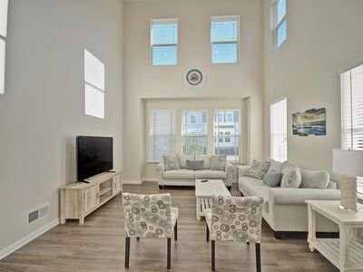 Photo for Brand New 5 bedroom 3.5 Bath in Ocean View Beach Club