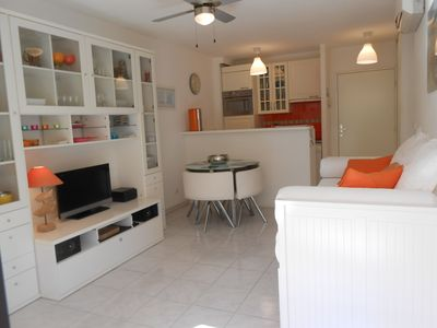 Photo for Beachfront apartment, comfortable