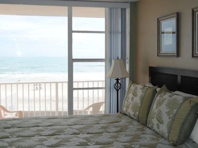 Photo for DIRECT OCEAN FRONT  Awesome view Sleeps up to 4. BEAUTIFUL
