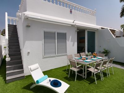 Photo for Holycan Bungalow for 5 with communal pool in Central Playa del Inglés