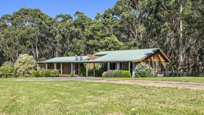 Photo for Muxy's Place - a large home on 7 acres