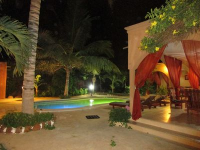Photo for Charming private villa 400 m from the beach with pool garden for 6 people