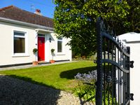 Adorable and perfectly situated in Portrush