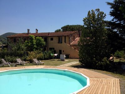 Photo for Nice, typical Tuscan accommodations in a pretty farmhouse, l'Aia