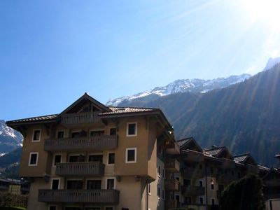 Photo for Three bedroom apartment in fabulous residence in Chamonix centre with Free WiFi