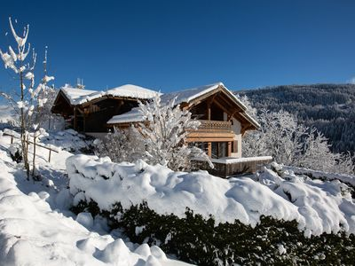 Photo for chalet on the slopes, very sunny, with a superb view