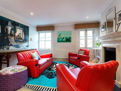 Photo for Lovely 3 bed home. Explore Portobello Market and beautiful Notting Hill (Veeve)