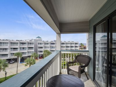 Photo for Casa del Mar's #318: limited view, 2 community pools. FREE activities!