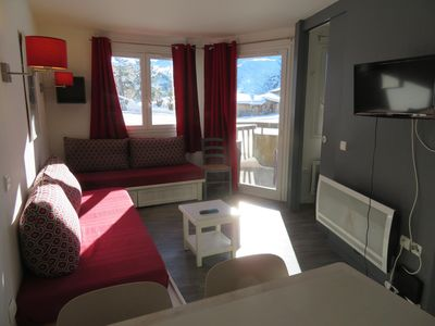 Photo for Beautiful 30m2 APARTMENT with direct access to the slopes