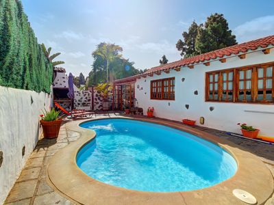 Photo for Cozy island resort villa with private pool and mountain views!