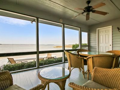 Photo for This is a beautiful 4 bedroom 4 bathroom Lands End unit located in Sea Pines Resort!