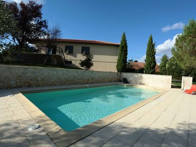 Photo for Pool house with up to 8 people located 4 km from the center of Auch.