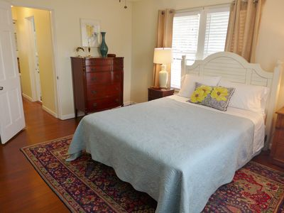 Photo for QUEEN PALM APT~ SPA~ COOL IN SUMMER! PRETTY, COMFY & CLEAN! 2ND FLOOR, BIG BR