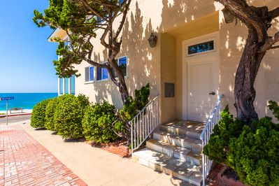 Entrance to Oceanfront Bliss III!