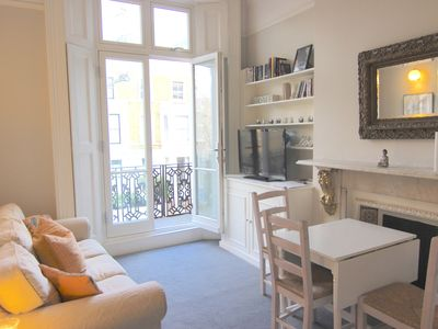 Photo for Portobello trendy 2 bed flat with Terrace