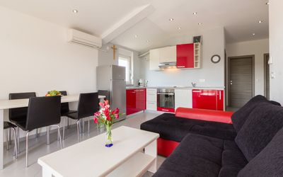Photo for Spacious Apartment with Balcony - S3