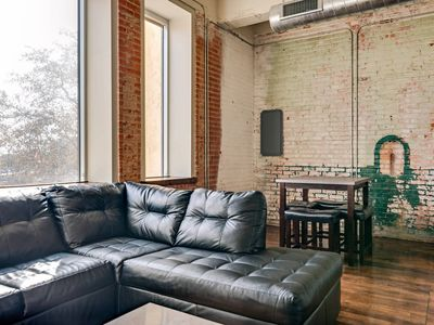 Photo for Apartment in the center of Dallas with Lift, Internet, Washing machine, Air conditioning (923151)
