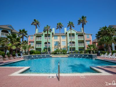 Photo for W/C accessible; first floor! Beach across the street; Pools/ WI-FI/Cable/Grills